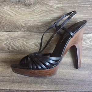 Jessica Simpson Strappy Wooded Heel Size 9 NWOT